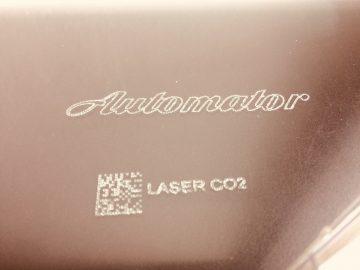 Laser marking on ceramics