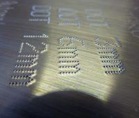 Marcatura metallo micrpunti