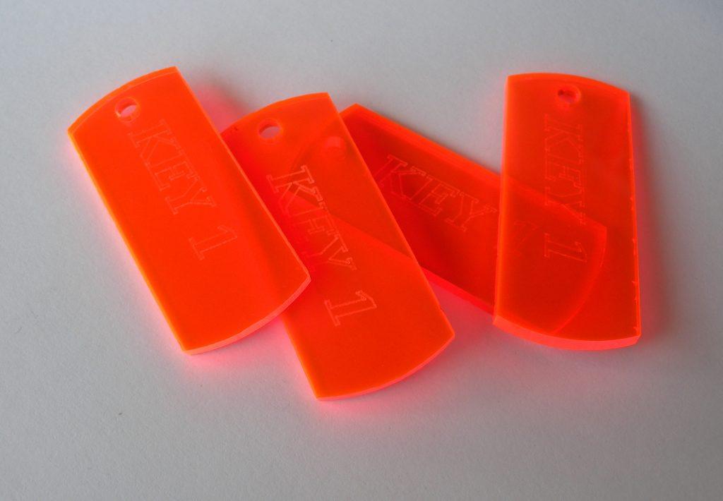 Marcatura a micropunti su plastica
